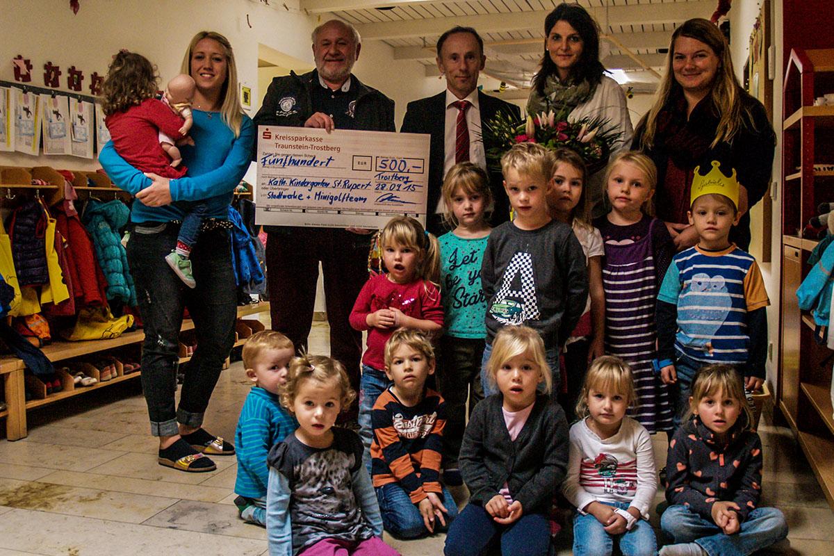 Spendenübergabe Minigolf-Stadtmeisterschaft 2015