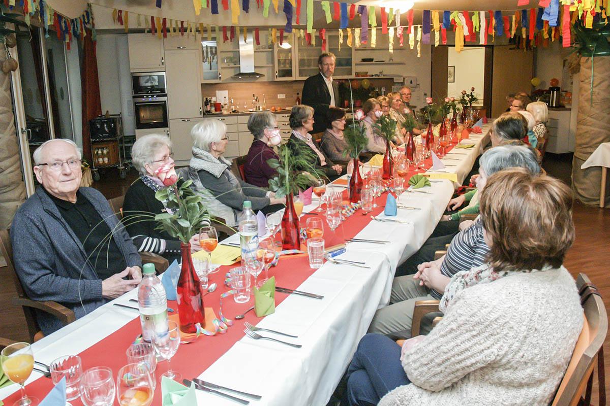 Festessen für die Ehrenamtlichen des Kreisaltenheims Trostberg