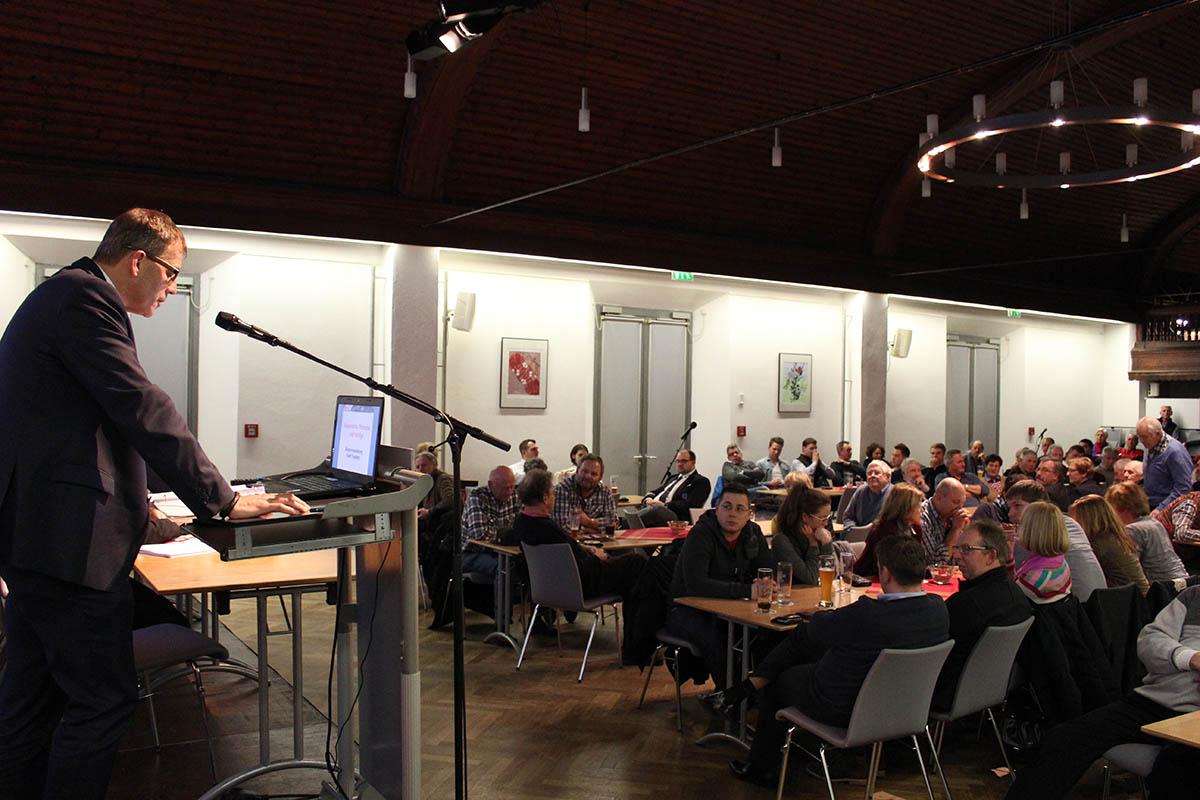 Bürgermeister Schleid hegt erhebliche Zweifel am Zensusergebnis.