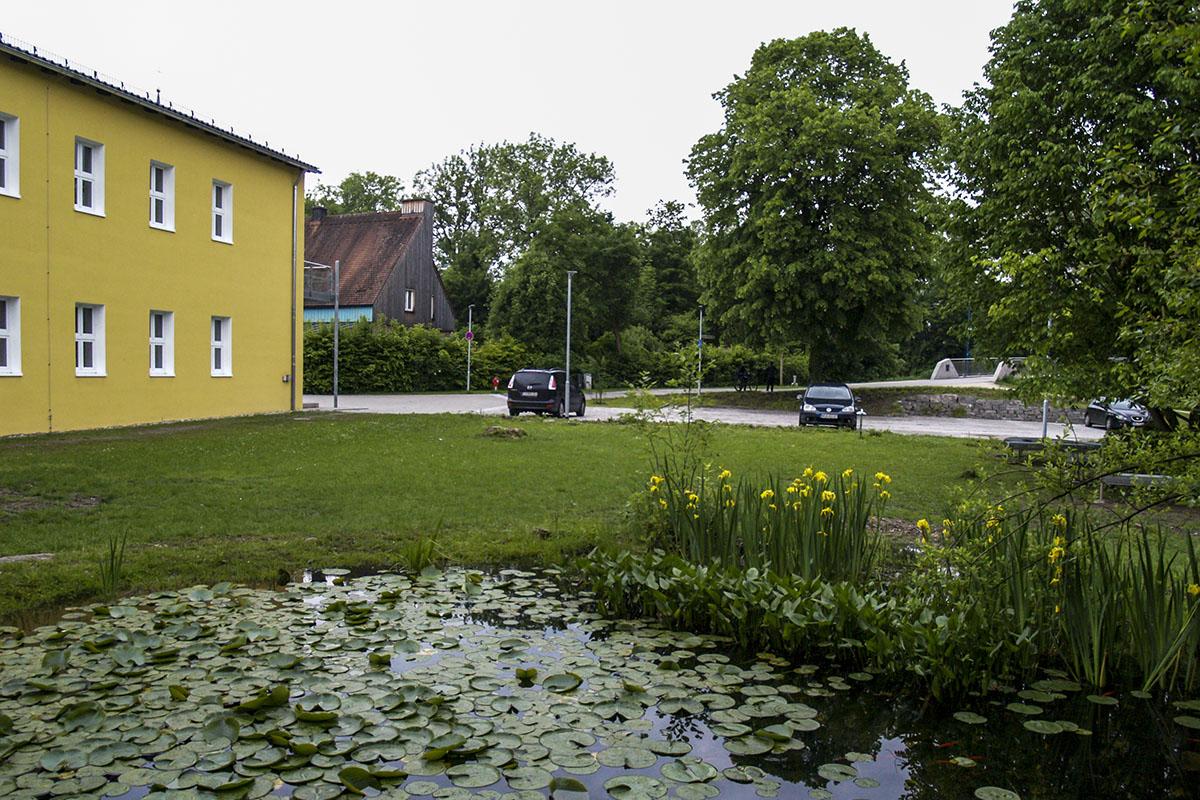 Ruhehof der Heinrich-Braun-Mittelschule Trostberg