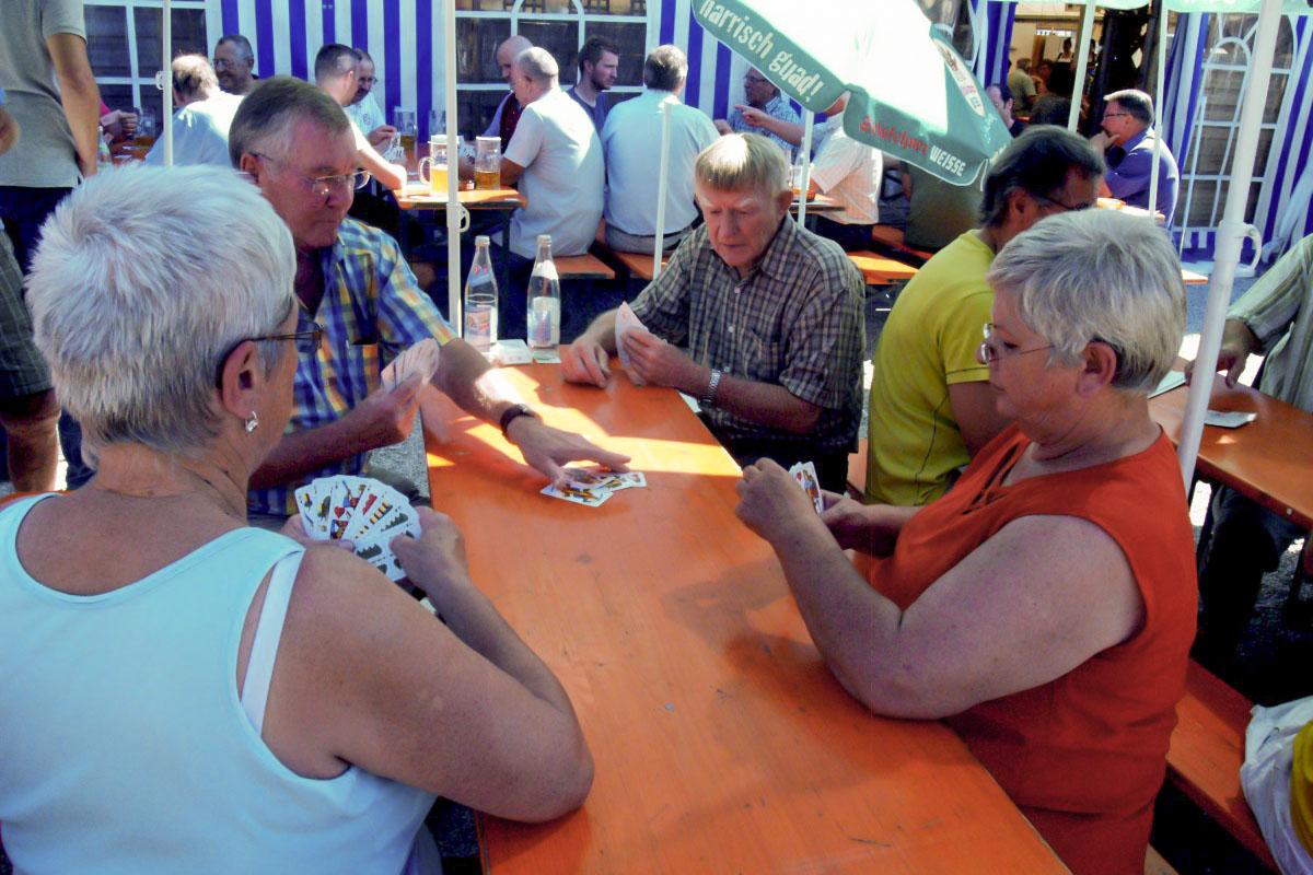Schafkopfrennen beim Trostberger Volksfest 2015
