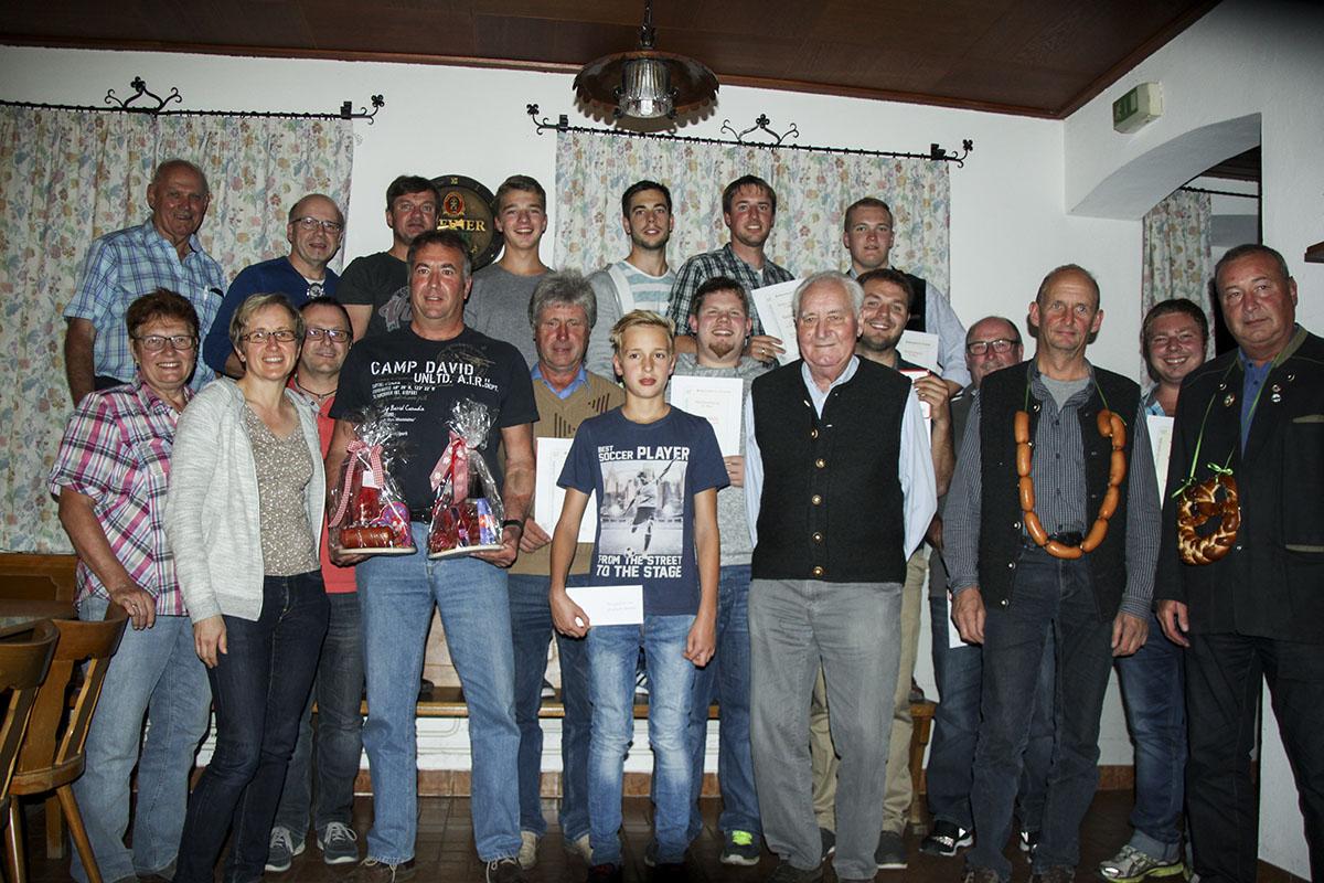 Preisträger beim Lindacher Dorfschießen