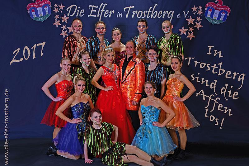 Die Garde der Trostberger Elfer.
